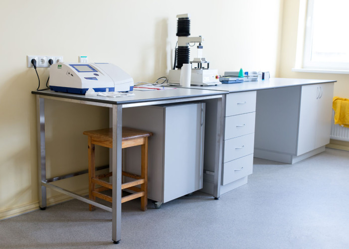 LLU Laboratoriju mēbeles 07