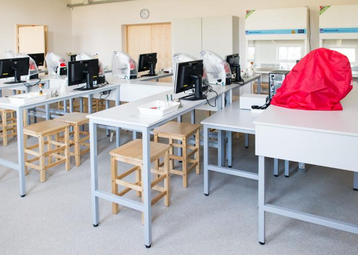 LLU Laboratoriju mēbeles 14